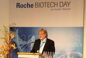 Prof. Horst Domdey, Managing Director BioM, spricht beim Roche Biotech Day 2019 in Penzberg.